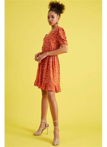 Z Giyim Kadın  Kiremit  Çiçek Desenli V Yaka Düğmeli Elbise Kiremit